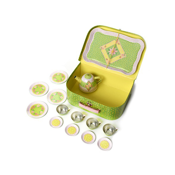 childrens-tin-tea-set-case-open-2-cttsc